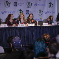 GnomeAcres founder Amanda Nuckolls addresses the Emerald City crowd.